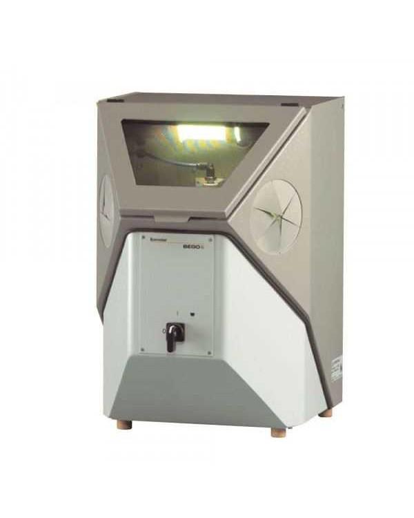 Korostar Z - пескоструйный аппарат без вытяжного устройства, с рециркулирующей системой и неподвижным соплом