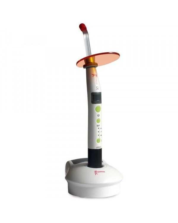 LED.C - компактная беспроводная светодиодная фотополимеризационная лампа, с двумя аккумуляторами